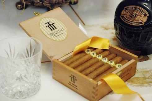 世界上十大最贵的烟古巴千里达木盒雪茄