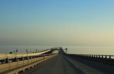 世界上最长的桥
