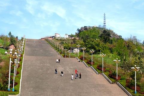世界上最长的城市人字梯