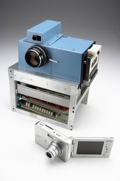 世界上最早的数码相机