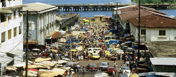利比里亚共和国:人均GDP456美元