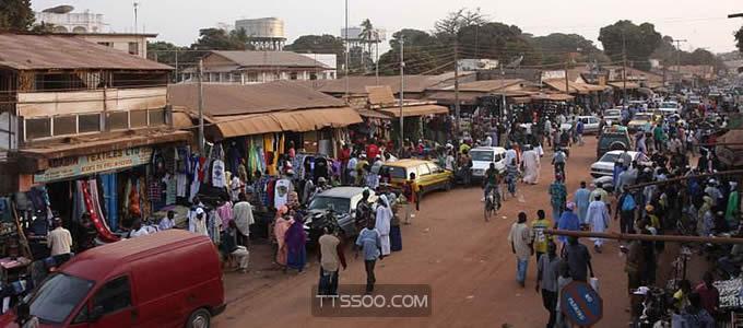 冈比亚共和国:人均GDP483美元