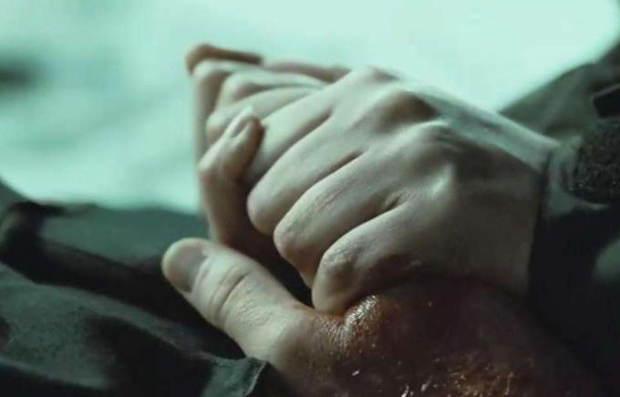 为什么不能摸死人的手