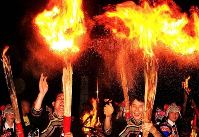 彝族有什么节日和风俗