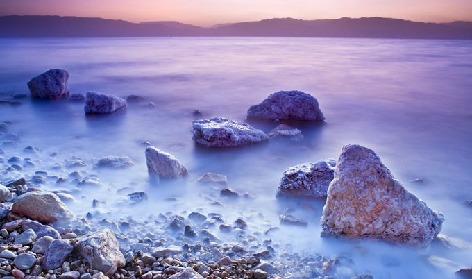 死海是哪个国家的