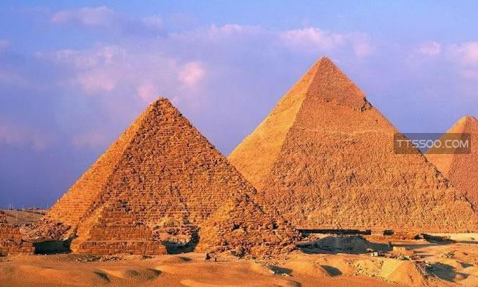 埃及金字塔灵异事件