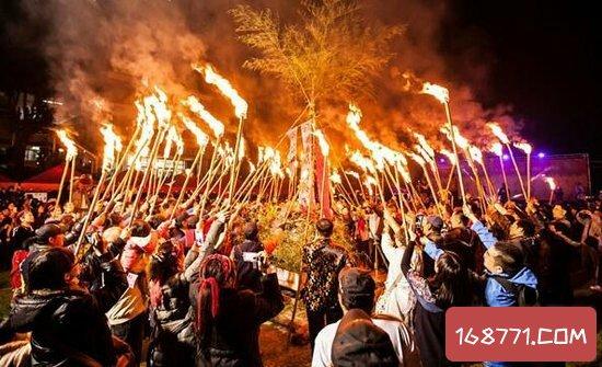 火把节是哪个民族的?彝族白族都非常的盛行