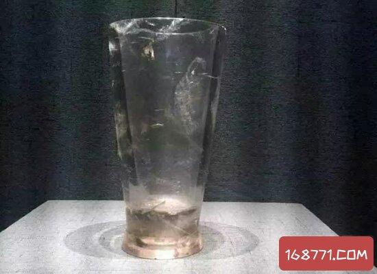 神秘的战国水晶杯现代感十足  有人称是穿越者带过去的