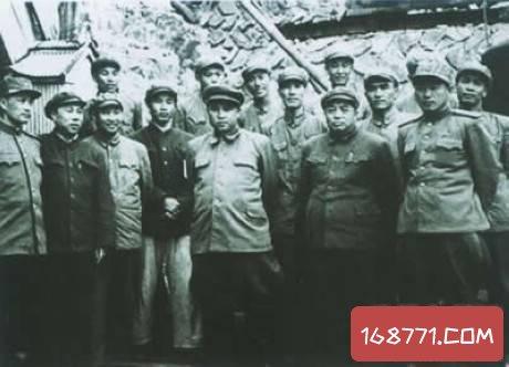 """黄埔军校的""""黄埔三杰""""非常出众 可惜其中一位做了叛徒"""