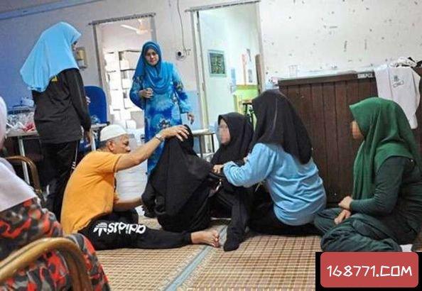 马来西亚近百师生集体撞鬼,中邪了!?