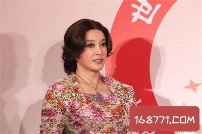 刘晓庆近照竟然是这样的 七十岁的脸果然不一样