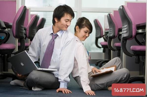 最危险知己关系黄颜知己,随时可能发展成办公室恋情