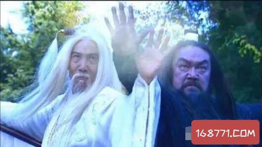 金庸武侠小说中的玄冥二老,不结婚生子原来是基佬