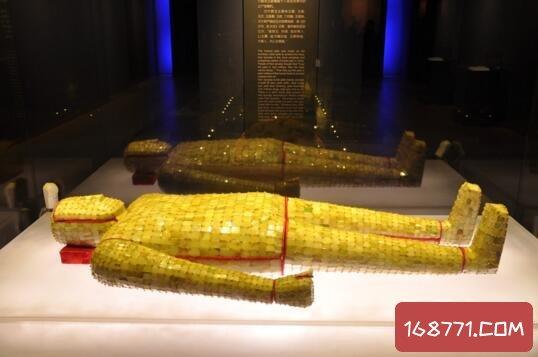 谢根荣的金缕玉衣价值24亿,经五名顶级鉴定师鉴定