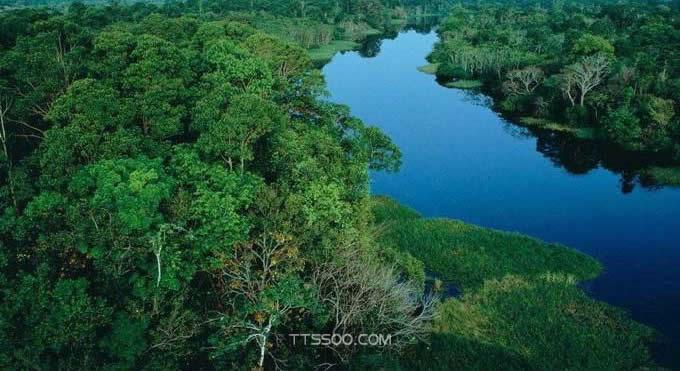 亚马逊平原在哪里