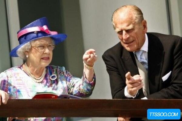 英国女王和首相的区别,女王尊贵无实权(首相是权力最高者)