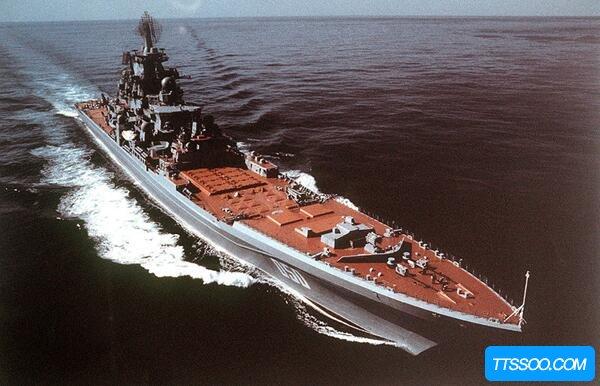 战列舰和巡洋舰的区别,战列舰重攻防(巡洋舰重速和续航)