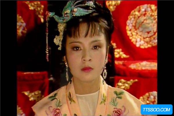 红楼梦87版诡异镜头 剧中丫鬟离奇死亡