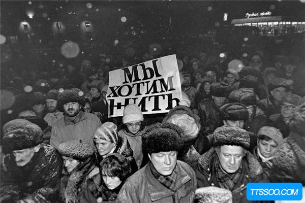1960年苏联丧尸事件 抓获大批日本科学家进行实验