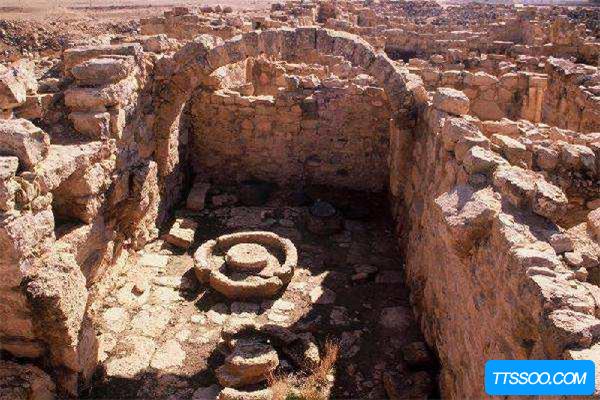 青海都兰古城古墓为何不继续挖掘了?村民造谣挖出妖邪物