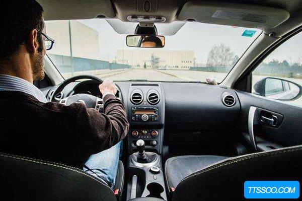 开车的注意事项有哪些?新手上路需要注意哪些