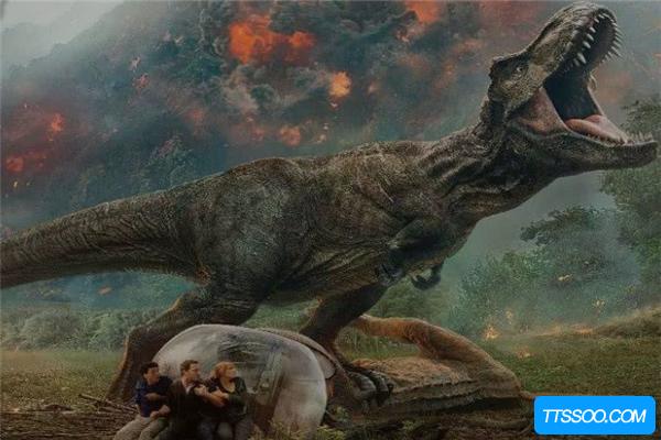 恐龙的祖先是什么动物?盛行于三叠纪早期(槽齿类爬行动物)